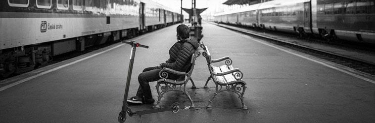 viaggiare in treno con il monopattino elettrico